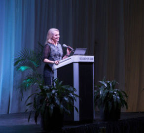 "Journalism: ""Orange is the New Black"" author Piper Kerman gives Eckerd, St. Pete a glimpse behind prison walls"